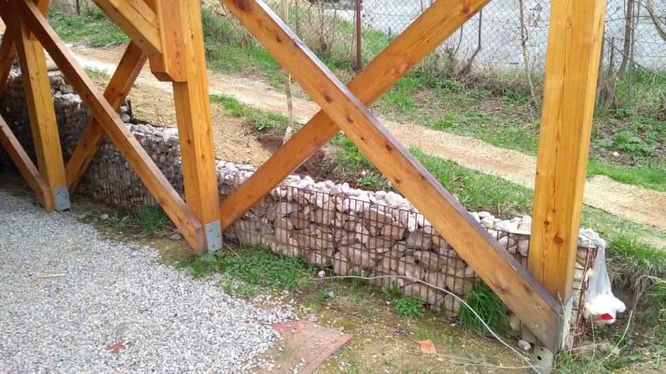 Isometall - zemné vruty - drevodom